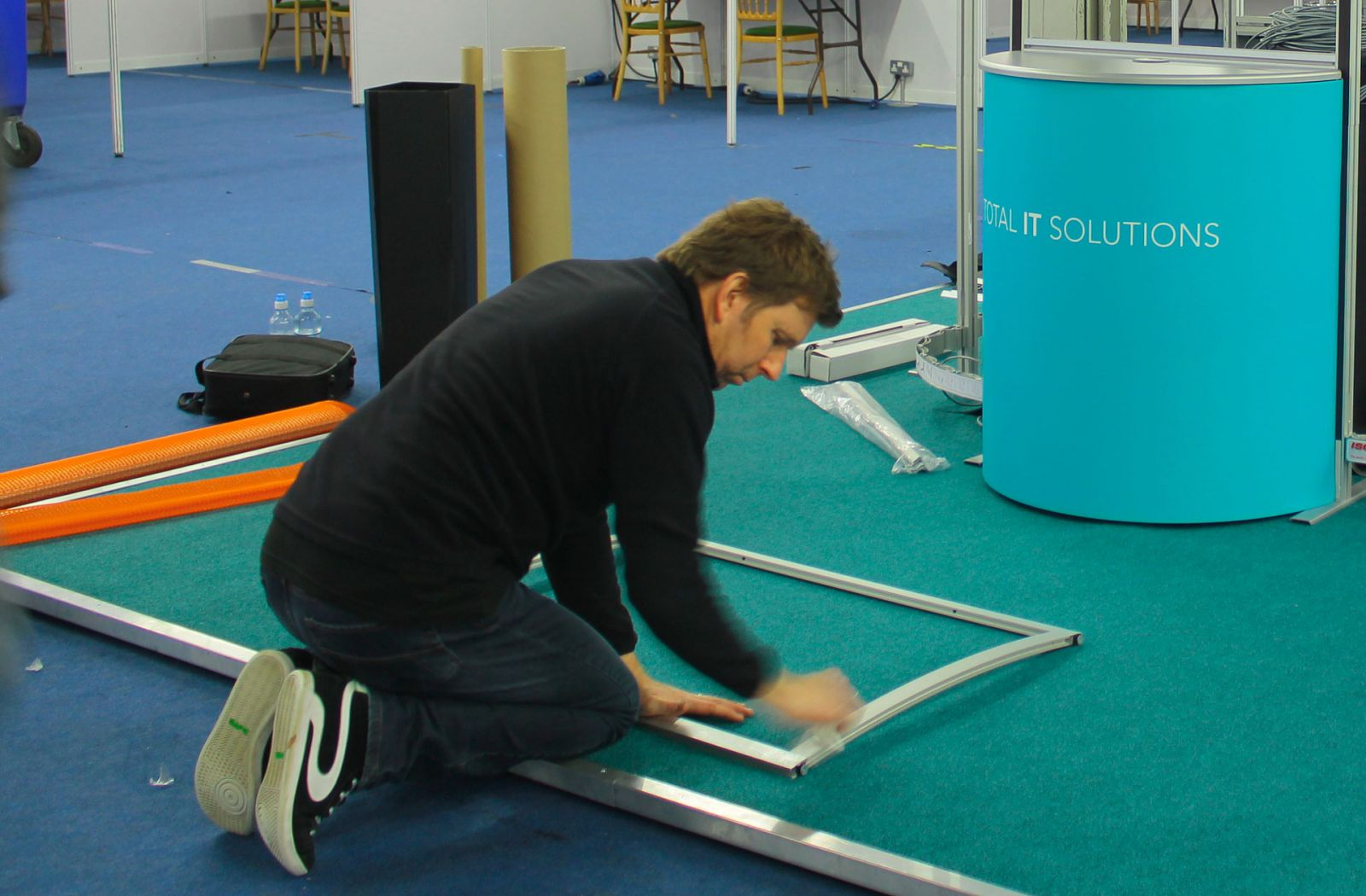 fitting exhibition systems