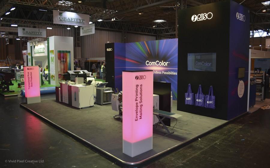 Exhibition Stand Builders Kent : Custom exhibition design build project management